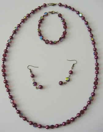 Purple Beaded Necklace, Bracelet & Earrings Set Item #NBEs008