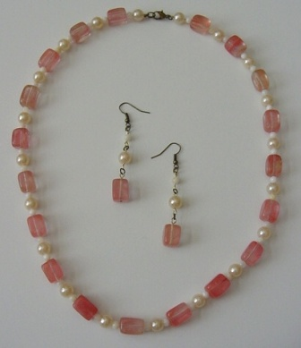 Cherry Quartz, White Shell & Pearl necklace & Earrings Set Item #NEs007
