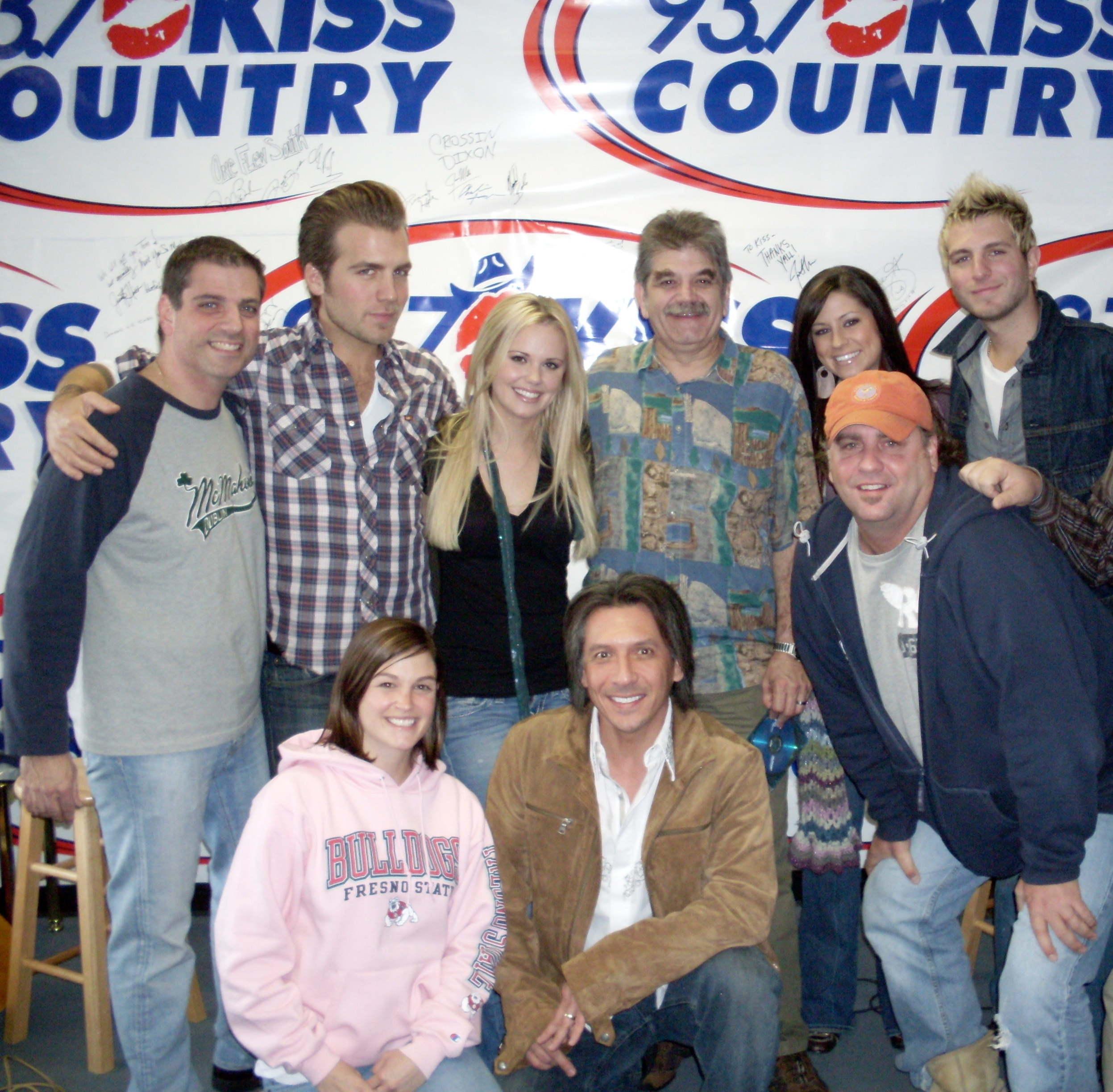 Gloriana with the KISS COUNTRY CREW, Garabo, Tom, Erica Gnarley Charley, plus Rob Dalton!!